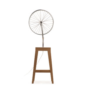 Marcel_ground_lamp_cyclampa